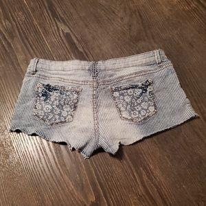 Rue 21 shorts size 9/10